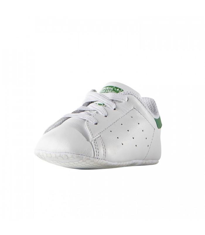 20e37f2167492 Patucos adidas Stan Smith para bebé de color blanco y verde