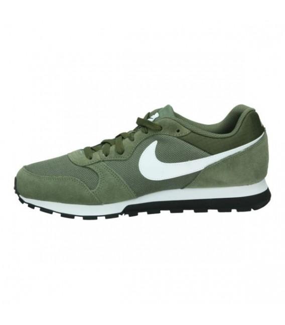 Zapatillas Nike MD Runner 2 de color verde d9641cf49ee30