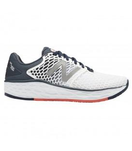 Comprar zapatillas de running para hombre New Balance Vongo Fresh Foam Stability MVNGOWP3 de color blanco al mejor precio en chemasport.es