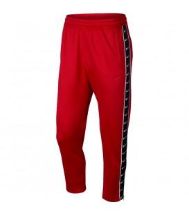 Pantalón Nike Air para hombre AR3142-657 de color rojo al mejor precio en tu tienda de deportes online chemasport.es