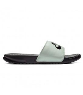 Comprar chanclas para hombre y mujer Nike Benassi 343881-008 de natación al mejor precio en chemasport.es