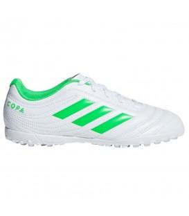 Comprar botas de fútbol para hombre adidas Copa 19.4 TF de color blanco y verde al mejor precio en tu tienda de fútbol online chemasport.es