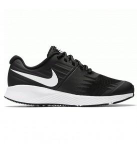 Comprar deportivas de running para niños Nike Star Runner GS 907254-001 de color negro y blanco al mejor precio en chemasport.es