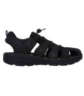 Estas sandalias para caminar de Skechers son un modelo perfecto para este verano. Sandalias para hombre Skechers Melbo - Journeyman 2 51834 de color negro.