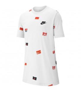 Camiseta para niños Nike Sportswear Box BQ2713-100 de color blanco al mejor precio en chemasport.es