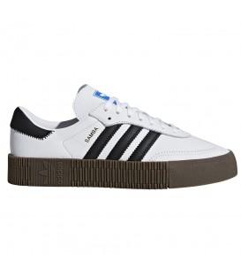 Zapatillas para mujer adidas Sambarose W AQ1134 de color blanco al mejor precio en chemasport.es