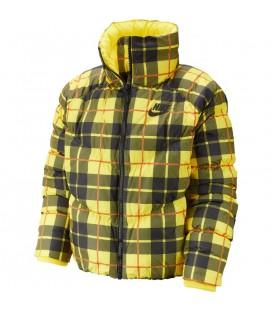 Chaqueta para mujer Nike Sportswear con estampado a cuadros CI5021-703 de color amarillo al mejor precio en tu tienda chemasport.es