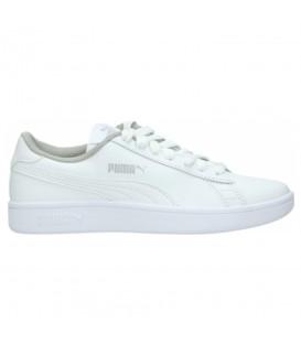 Zapatillas para hombre Puma Smash V2 Junior de color blanco al mejor precio en tu tienda de deportes online chemasport.es