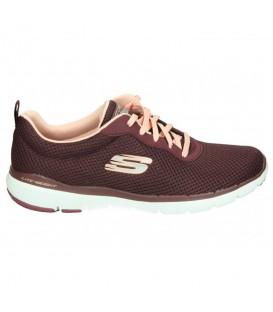 Zapatillas para mujer Skechers Flex Appeal 3.0 de color granate perfectas para caminar, fitness o gimasio al mejor precio en chemasport.es