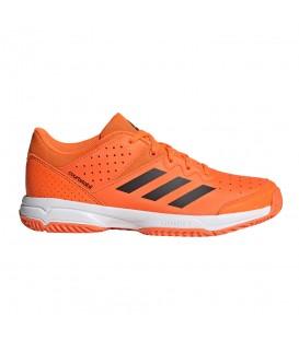 Zapatillas de balonmano para niños adidas court stabil junior G28899 de color naranja al mejor precio en tu tienda de deportes online chemasport.es