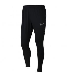 Pantalón deportivo Nike Dri-Fit Academy de color negro al mejor precio en tu tienda de deportes online chemasport.es