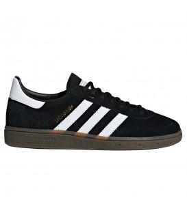 zapatillas adidas db3021 handball spezial en color negro disponibles en tu tienda online chemasport.es