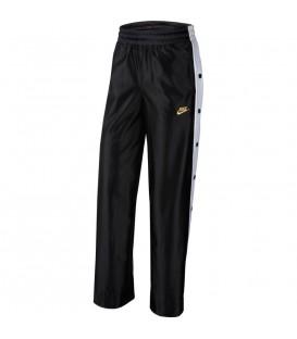 Pantalón para mujer con botones laterales de color negro al mejor precio en tu tienda de deportes online chemasport.es