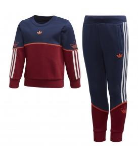 Chándal para niños adidas Outline Crew de color azul marino y rojo al mejor precio en tu tienda de deportes online chemasport.es