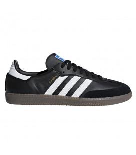 Deportivas para hombre de color negro confeccionadas en piel adidas Samba OG B75807 al mejor precio en tu tienda de deportes online chemasport.es