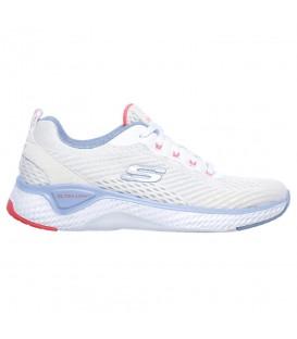 Deportivas de caminar para mujer Skechers Solar Fuse - Cosmic View 149051 de color blanco al mejor precio en tu tienda de deportes online chemasport.es
