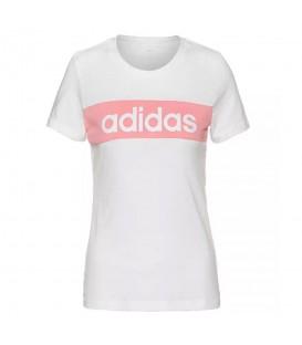 Camiseta de adidas para mujer W TRFC de color blanco con logo de la marca estampado de color rosa al mejor precio en chemasport.es