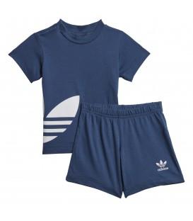 Conjunto para niños adidas Big Trefoil FM5605 de color azul marino al mejor precio en tu tienda de deportes online chemasport.es
