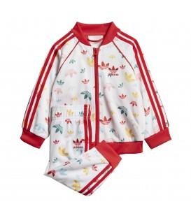 Chándal para niños adidas SST K FM6724 de color rojo al mejor precio en tu tienda de moda en Pontevedra Chema Sneakers.