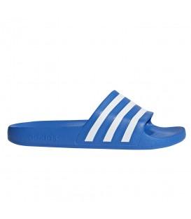 Chanclas de natación para piscina adidas adilette Aqua de color azul al mejor precio en tu tienda de deportes online chemasport.es