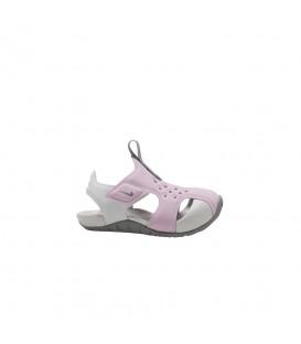 Chanclas de piscina ajustables para niños Nike Sunray Protect 2 TDV de color rosa al mejor precio en tu tienda de deportes online chemasport.es