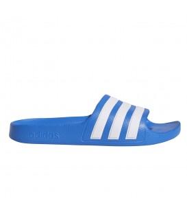 Chanclas de piscina para mujer y niños adidas adilette Aqua de color azul al mejor precio en tu tienda de deportes online chemasport.es