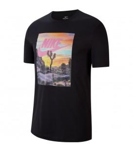 Camiseta para hombre de color negro Nike Joshua Tree al mejor precio en tu tienda de deportes online chemasport.es