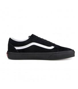 Compra las zapatillas vans ua old skool en color negro con franja blanca en tu tienda online chemasport.es