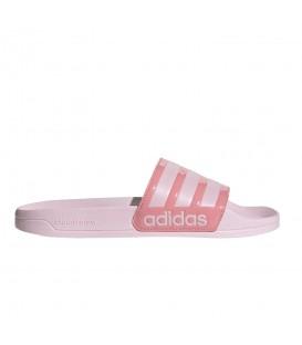 Chanclas Adidas Adilette para mujer en color rosa disponible en tu tienda online de deportes y moda sportwear www.chemasport.es
