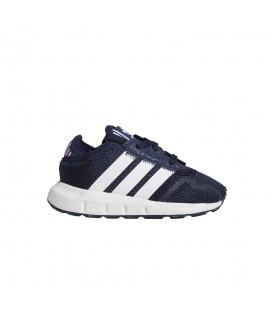 Zapatillas Adidas Swift Run X para niños en color azul marino disponible en tu tienda online de moda y deportes www.chemasport.es