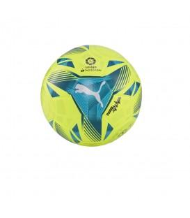 Balón Puma de fútbol La Liga Mini 2021/22 en color verde disponible al mejor precio en tu tienda online de moda, accesorios y deportes www.chemasport.es