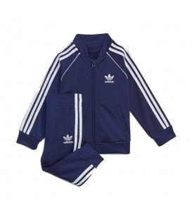 Chándal de Adidas SST Tracksuit para bebe en color azul marino disponible al mejor precio en tu tienda online de moda y deportes www.chemasport.es