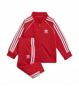 Chándal de Adidas SST Tracksuit para bebé en color rojo disponible al mejor precio en tu tienda online de moda y deportes www.chemasport.es