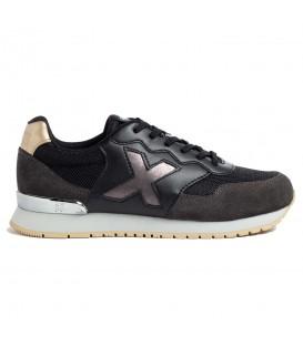 Zapatillas Munich Dash W para mujer en color negro disponible al mejor precio en tu tienda online de moda, accesorios y deportes www.chemasport.es