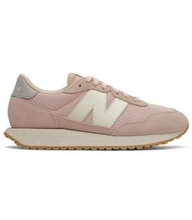 Zapatillas para mujer New Balance 237 en color rosa al mejor precio en tu tienda online de deporte, accesorios y moda www.chemasport.es