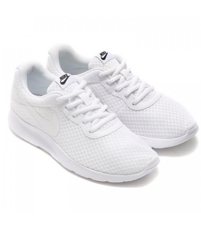 new arrival c06ed bbab9 Zapatillas Nike WMNS Tanjun para mujer de color blanco