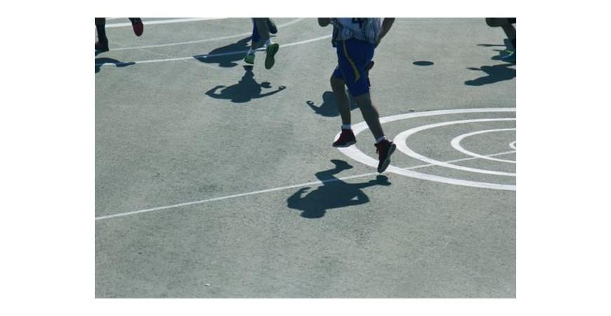Carlos Maceiras, entrenador de baloncesto: Este deporte transmite espíritu de lucha